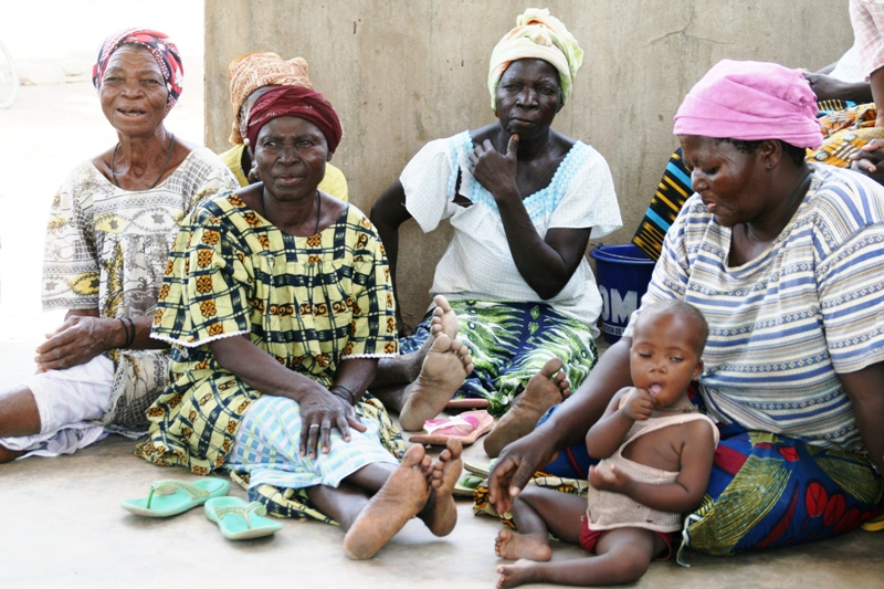 members-of-a-women-group-evaluate-a-project