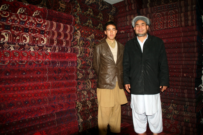 carpet-wholesaler-in-north-afghanistan