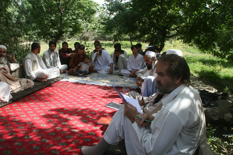 discussions-with-group-of-community-members