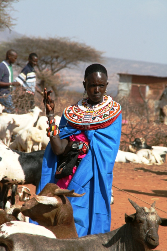 young-samburu-women-trading-goats